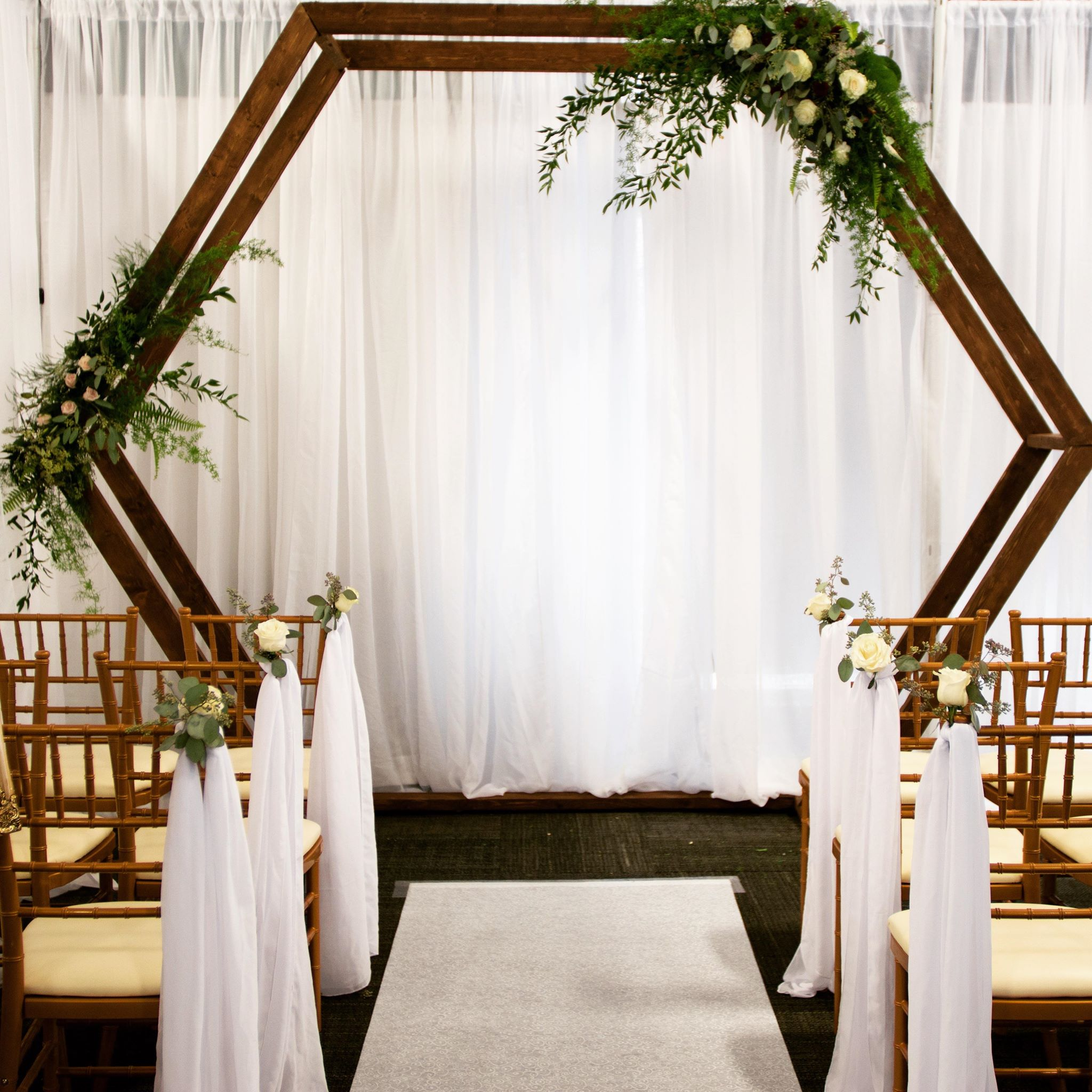 Hexagon Arch The Wedding Vogue